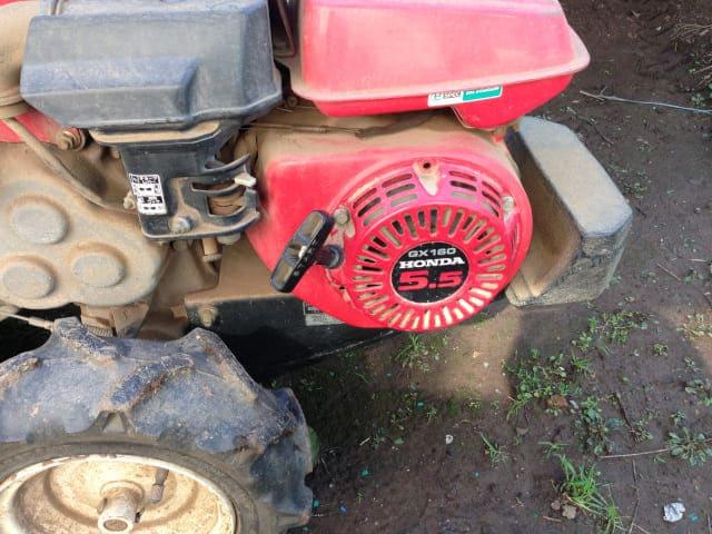 耕運機のエンジン