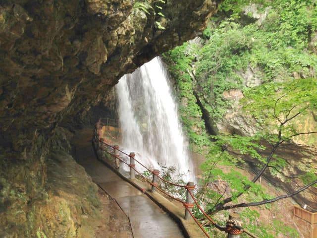 長野県雷滝